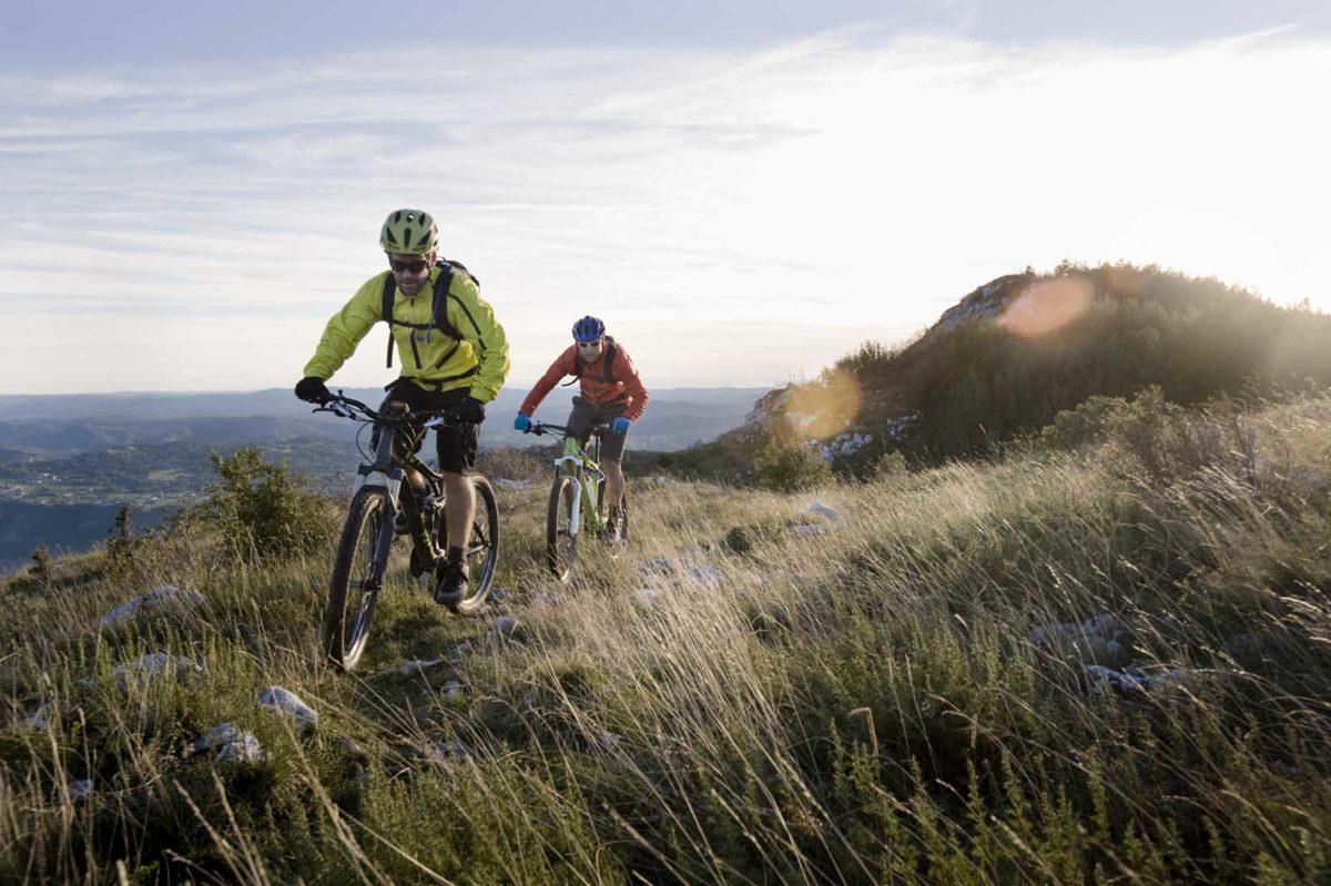 Sportfotografie-München-Mountainbike-MTB-Mountainbiker-Abendstimmung-Panorama-Istrien-Slowenien